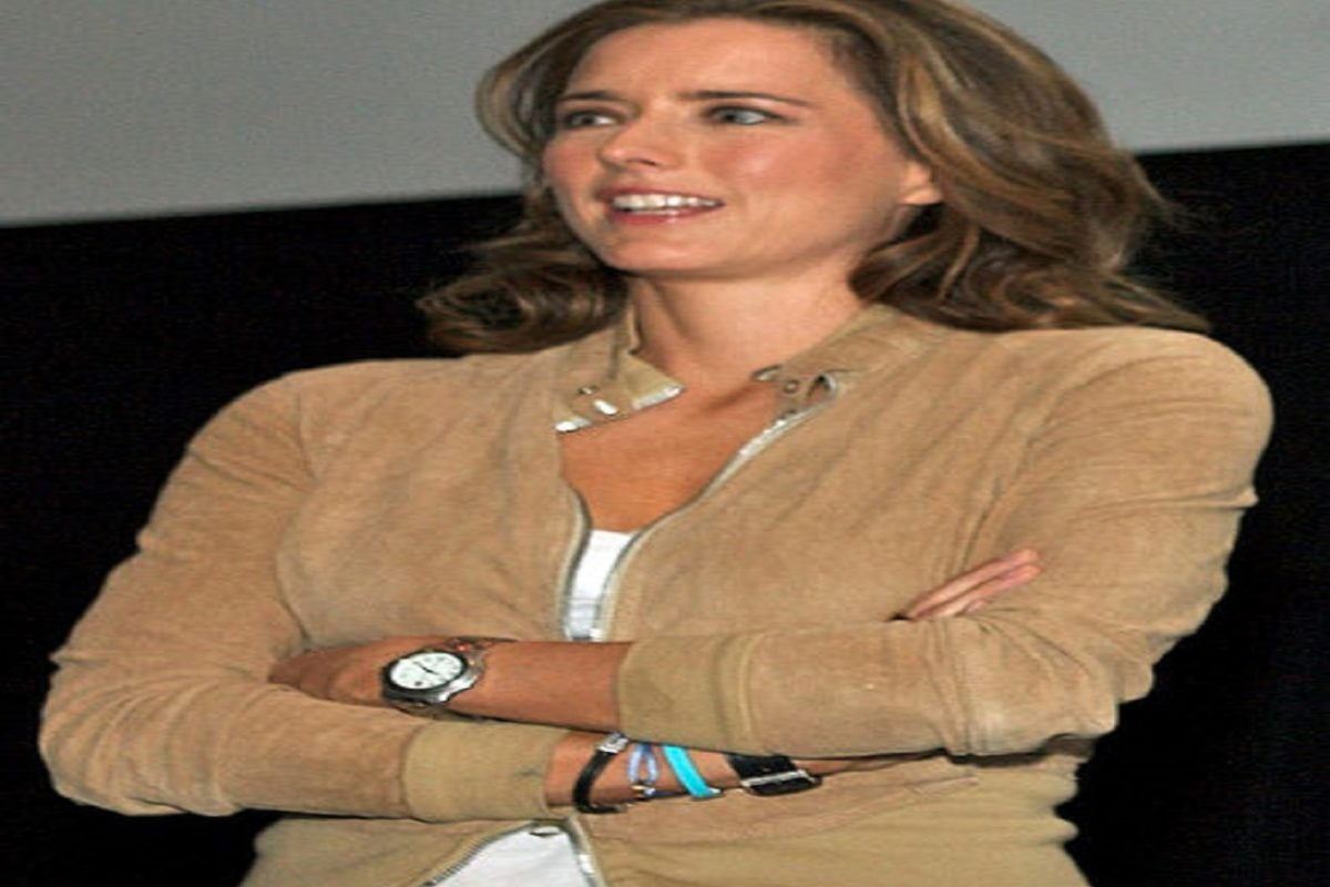 Tea Leoni – Personal And Professional Life